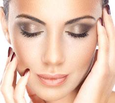 airbrush makeup artist